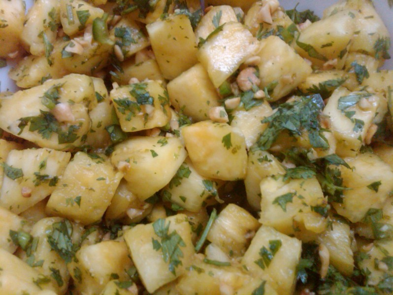 Thai Style Pineapple Salad recipe   Grabbing the Gustoh