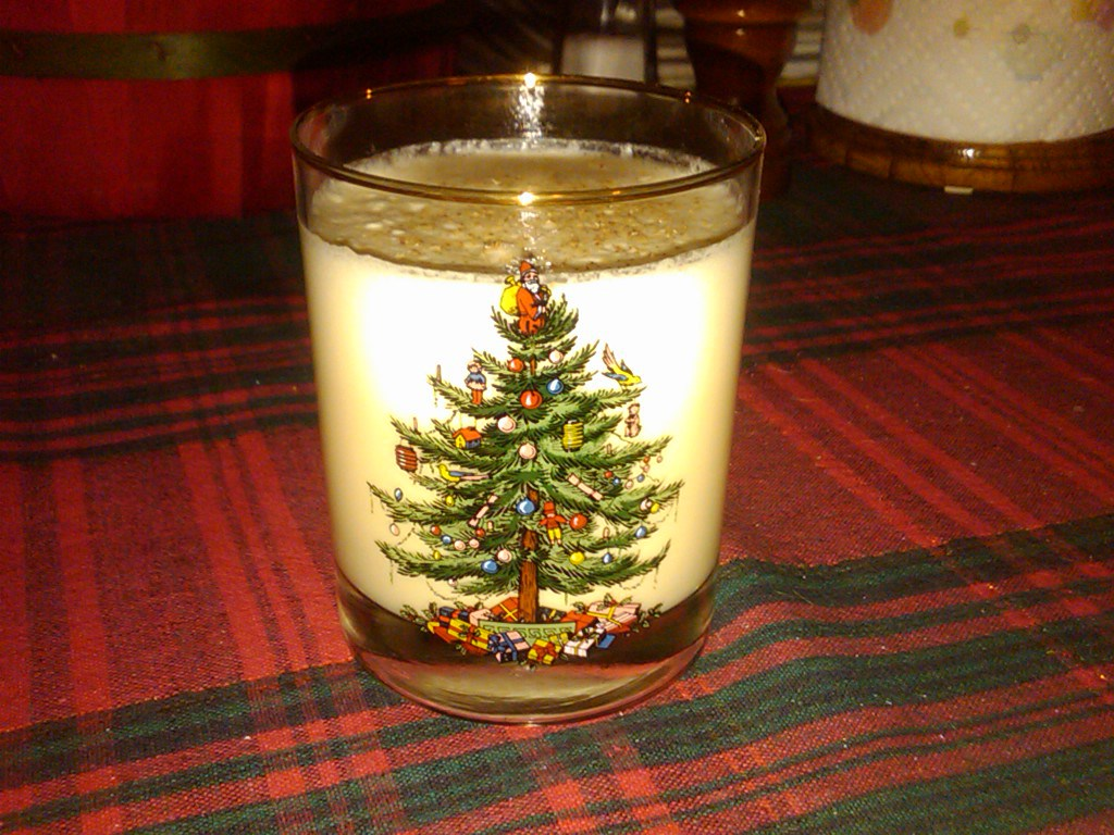 Eggnog from Christmas & Holiday Recipe Roundup 2014   Grabbing the Gusto