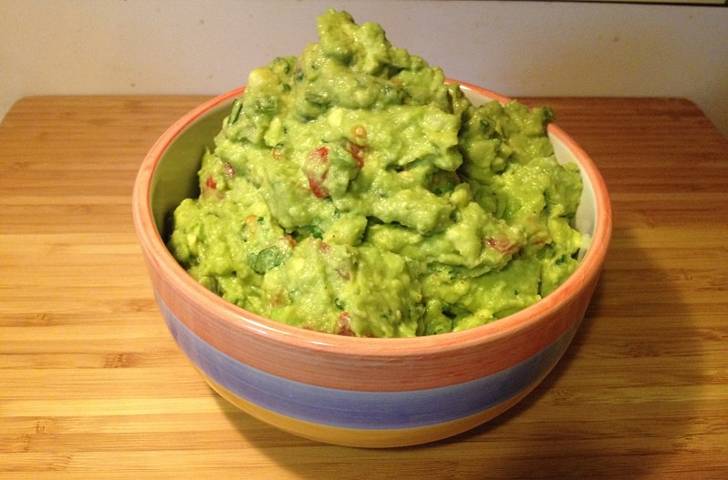 Game Day Guacamole for Football Playoffs and Super Bowl | Grabbing the Gusto