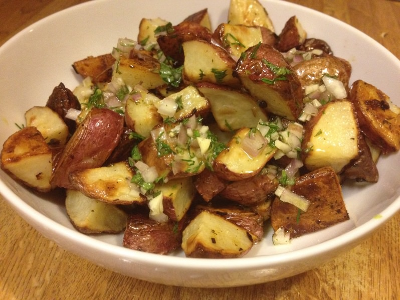 Greek Potatoes with Lemon-Herb Vinaigrette recipe | Grabbing the Gusto