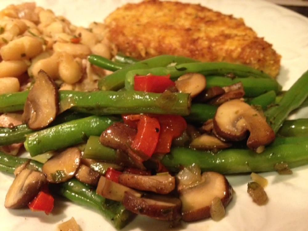 Recipes and menu ideas for fish with Thai coconut red curry sauce, blackened skipjack tuna, green beans with mushrooms and herbs, shrimp scampi, Southern tomato pie, and pork Milanese.