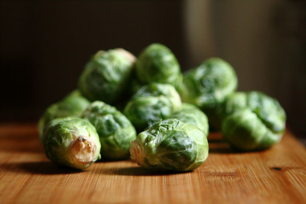 roasted brussels sprouts with red onion