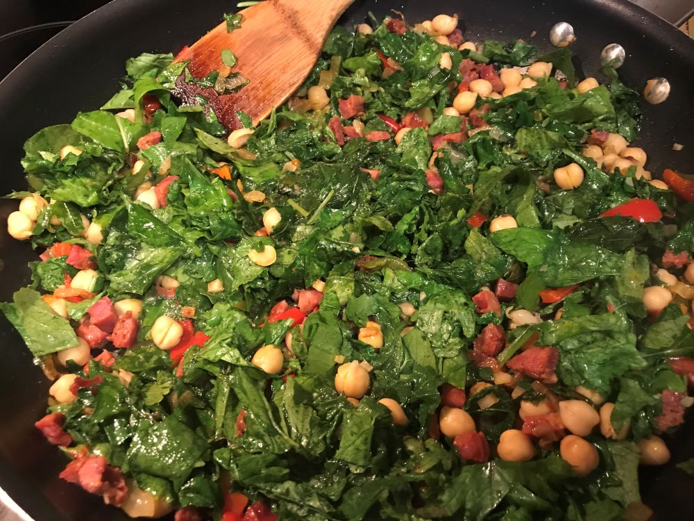 greens linguica and chickpeas