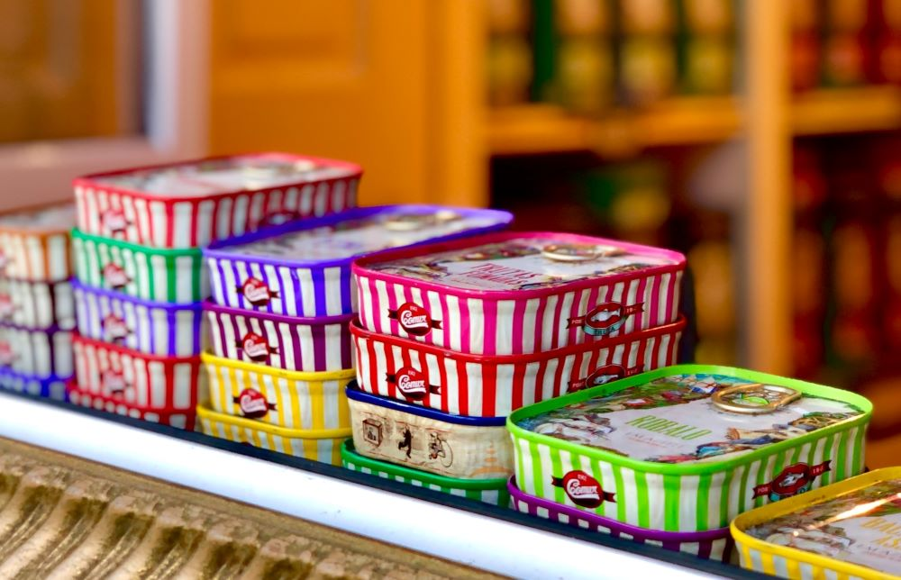 Sardine cans - Menu ideas and recipes for oysters, shrimp, Portuguese sausage, greens, broccoli, carrots, almaco jack, striped mullet, catfish, and sardines